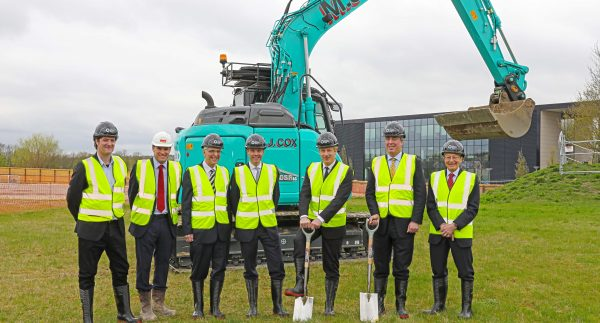 Minister breaks ground and unveils name for £13m office & lab building at The Oxford Science Park